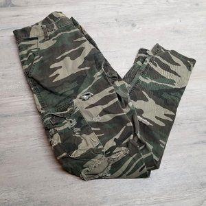 Wrangler Slim Camo Distressed Cargo Pants. Perfect
